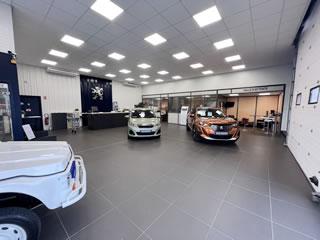 Peugeot beaurepaire garage jourdan v hicules neufs et for Garage peugeot meslay du maine